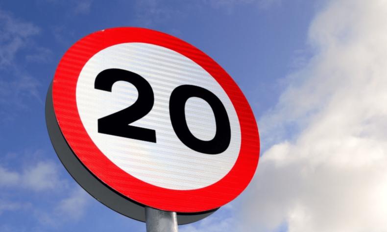 20 miles per hour sign-min